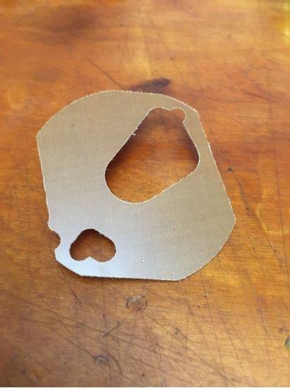 Picture of Distributor Bakelite Sliding Plate (Heart)