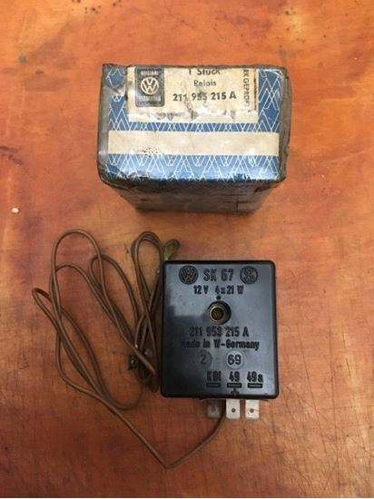 Picture of T1 T2A flasher relay 12V