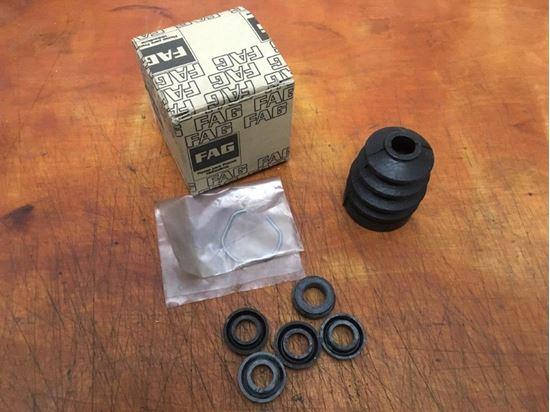 Picture of Brake Master Cylinder Seal Kit