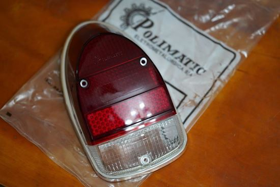 Picture of Left Tail Light Lens w/Chrome Rim & Gasket