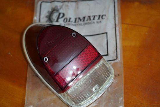 Picture of Right Tail Light Lens w/Chrome Rim & Gasket