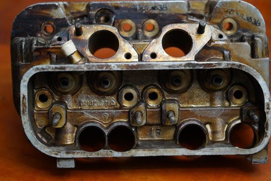 Picture of Cylinder Head 1700